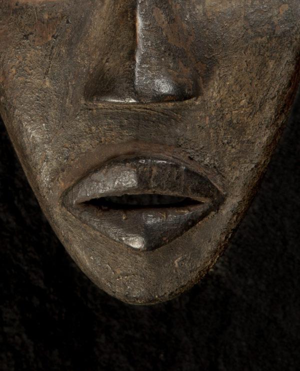 Maschera Bassa della Liberia P0021 - Art Primitivo e contemporaneo - gallery Arts - arte primitiva africa - shop - spoleto umbria